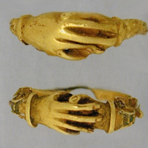 holding_hands_ring