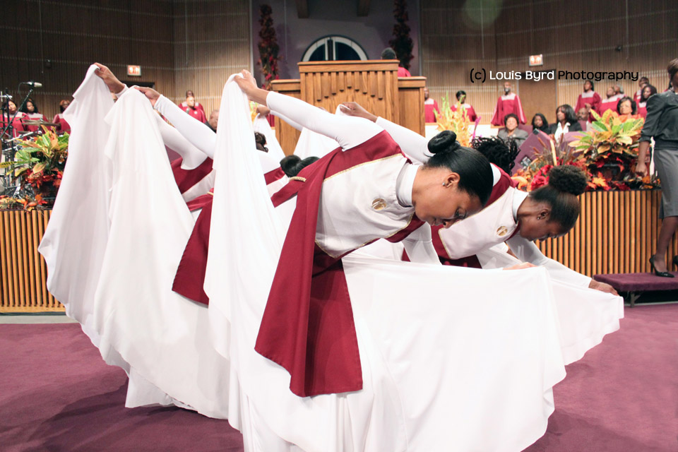 The praise dancers of the Apostolic Faith Church perform during the Family and Friends Day morning service.